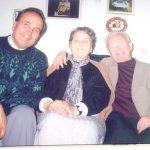 Mësuesja më e vjetër e Kosovës jeton në Tiranë