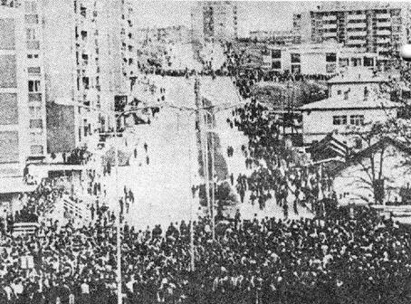 1) NATA MË E GJATË MES 25 E 26 MARSIT 1981 – KUR U NDAN DY EPOKA HISTORIKE!