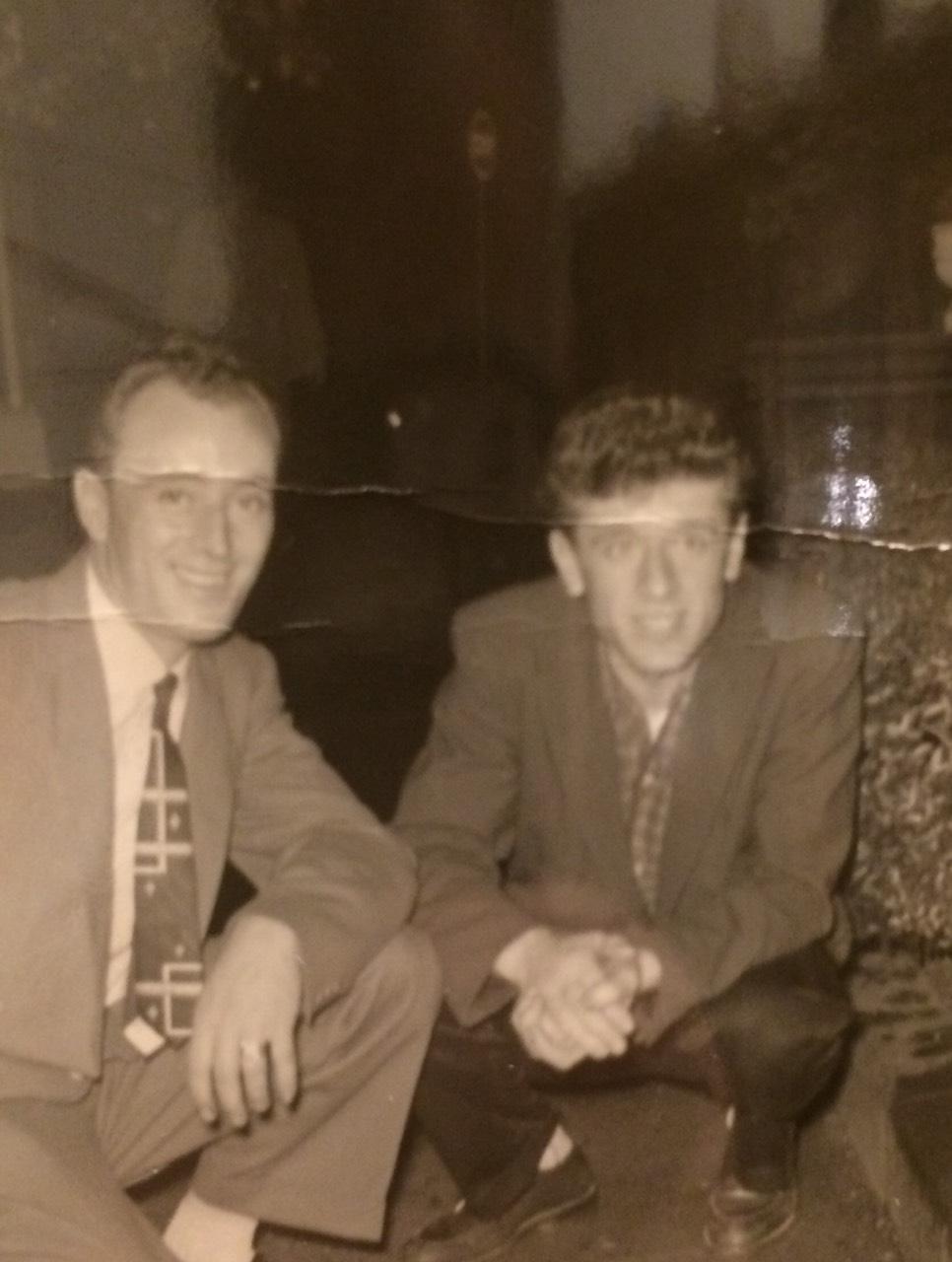 Me vëllanë Selami në mars 1956